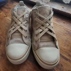 Ugg Evera Sand Suede Sneakers Womens Size 8